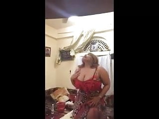 Amateur Hardcore Bbw video: The famous Saudi Muslim hijab bitch 4