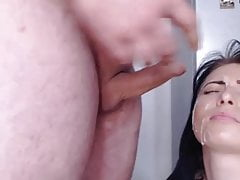 Cam Couple's Prompt Jizz Facial