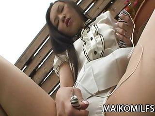Mika Asano與角質JAV妻子的爆炸性