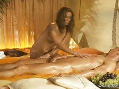 Massaggio stile turco MILF bionda