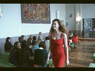 Brunette High Heels European video: Miss oise 2019