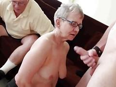 Älterer Ehemann mit jungem Mann gefickt