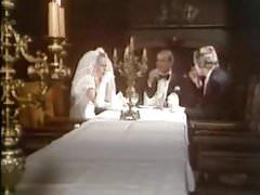 Hot nights at Dracula Castle (1978)