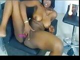 ebony teen Naomy squirt on cam
