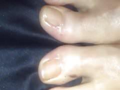Cum na mokrej olejowanej stopy