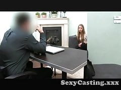 Casting Blonde Amateur fickt beim Casting