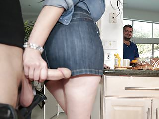 Big Cock Wife Cheating video: Housewife Elisa Morales craves for a big dick