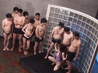 字幕日本AV明星Monbu Ran Uncensored Blowjob Party