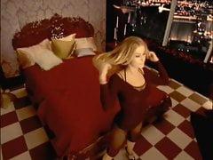 Carmen Electra - Bedroom Strip-Tease Workout