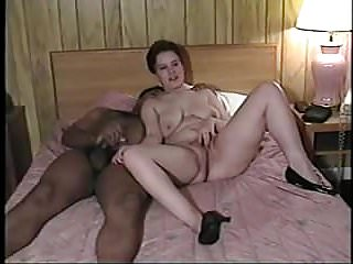 Threesome Homemade Bbc video: Amateur - Wife Hubby & BBC