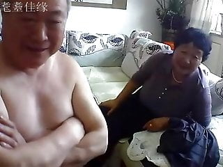 Asian Chinese Big Tits video: Chinese old couple in the living room obscene live sex 02