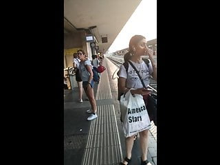Upskirt Hidden Camera Hd Videos vid: big ass slutty girl with face upskirted in train station