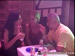 Velvet Swinger Club Rollenspiel Orgie Nur Paare, die Spaß haben