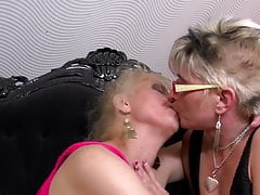 Mature pussy lickers fuck each other and young girl