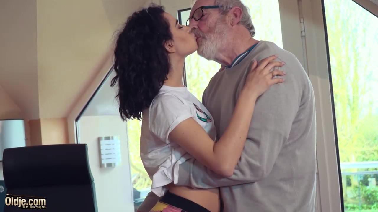 Softcore porn Rent DVDs Online