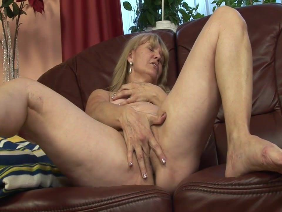 Blondes,Grannies,HD Videos,Cunnilingus,Dildo,xHamster Premium