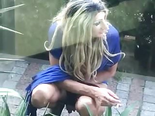 Outdoor Shemale Hd Videos Ladyboy Shemale video: trans caught peeing outdoor