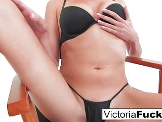 Brunette Big Tits Hd Videos video: Tall sexy blond Victoria White plays with her tight wet