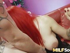 Redhead MILF Mai Baley dostane surové DP