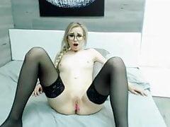 blondes jugendlich lovense Orgasmus