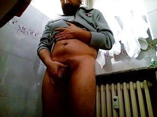 Kocalos – Pissing