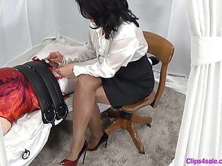 Stockings Shemale Bdsm Shemale video: Slapping The Sissy Cream Out
