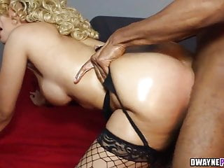 Stockings Black Big Tits vid: The Hart Attack Takes it In All Holes