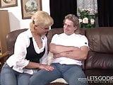 Hartz4 Opa fickt die Putzfrau