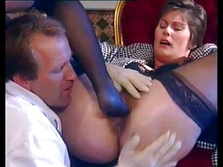 Fisting vid: Fisted with meical gloves and footed with nylons