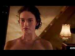 Lily James dans The Exception