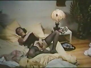 .Je suis une belle salope (1977) I am a beautiful bitch.