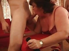 BRITISH MATURE BBWS LOVE YOUNG BIG DICK