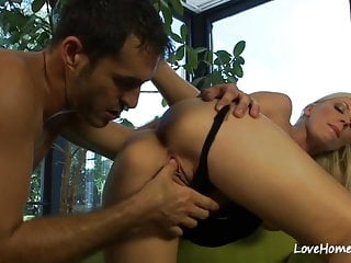 Blowjobs Amateur video: Blonde hottie likes his taste before fucking.mp4