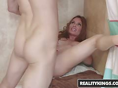 RealityKings - Milf Hunter - Bruce Venture Diamante Foxx - Th