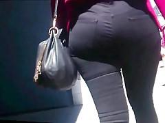 Niesamowite szerokie biodra Round Ass Candid Black Jeans