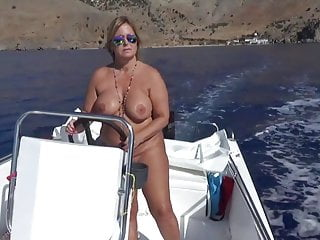 Blondes Big Tits Nudist video: Nudist-holidays in crete 2017