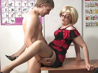 Mature Glory Hole Mom vid: Russian Mature Teacher
