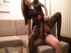 Amatoriale Babe Fuck On The Sofa