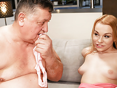 Teasing Daughter Gets Stepfather To Boink Her Crazy Pussy