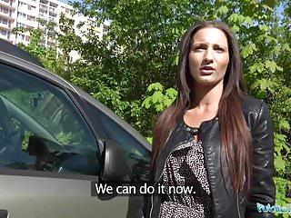 公共經紀人單身白女性亂搞大公雞