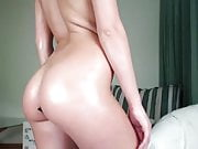 russian cam-slut and a butt-plug