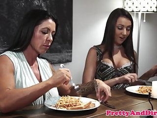 Teens Getting porno: Taboo stepdaughter getting drilled in closeup