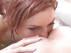 Kąpiel lesbijska