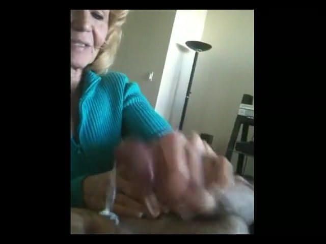 Порно старые молодыми онлайн