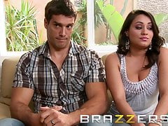 Brazzers - Charley Chase Raylene Ramon - Terapia de tríos