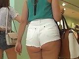 Teen in Shorts voyeur