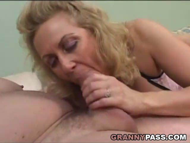Смотреть ролики женскую мастурбацию