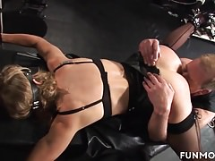 Deutsche Oma Amateur Bdsm