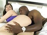 Interracial Cougar Get Fucked By MASSIVE BLACK COCK