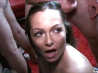 Amateur Bukkake Blowjob video: Sexy Milf Samantha Hot Bukkake Party